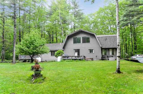 90 Blueberry Hill Ln, Gilford, NH 03249