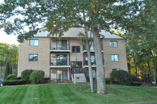 19 Country Club Dr #20, Manchester, NH 03102