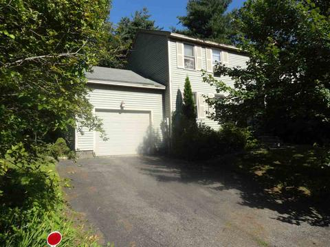 22 Dorothy Dr, Epping, NH 03042