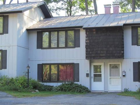 15 Oakwood Drive Dr #15, Claremont, NH 03743