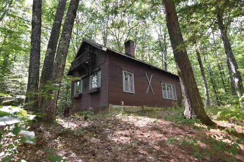 2302 W Side Rd, North Conway, NH 03860