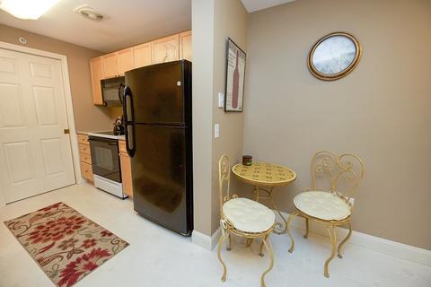 & 4 Crestview Cir #114 Londonderry NH 03053 MLS# 4686944 - Movoto.com