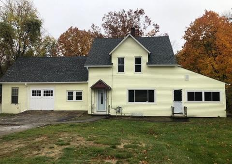 11 Knight St Concord Nh 03301 Mls 4784533 Movoto Com