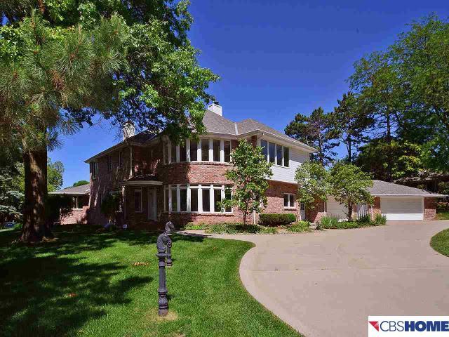 Loans near  Woolworth Ave, Omaha NE