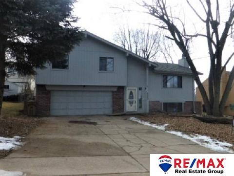 2303 Nottingham Dr, Bellevue, NE 68123 MLS# 21822037