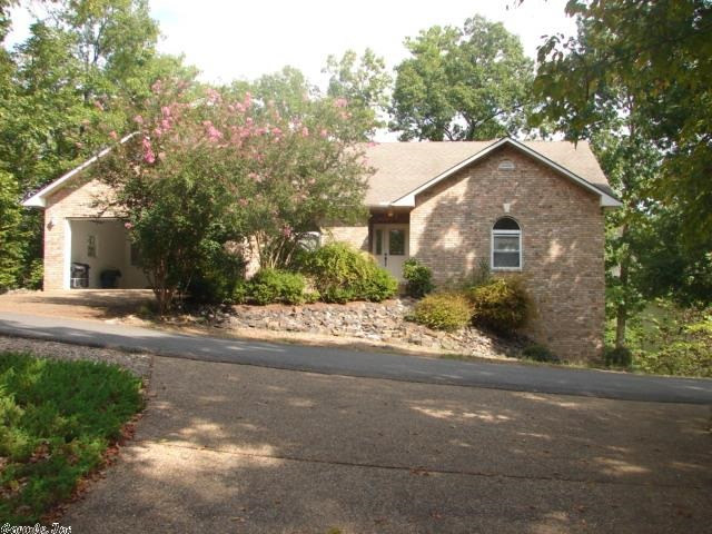 27 Lerida Ln, Hot Springs Village, AR
