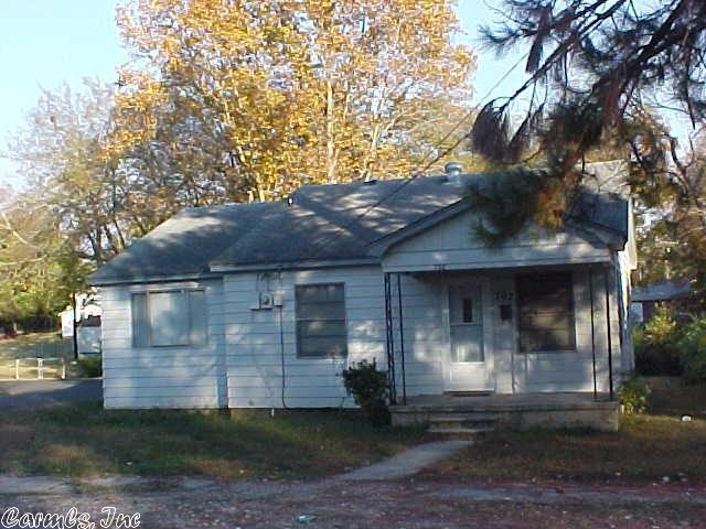 702 Burton St, Benton, AR