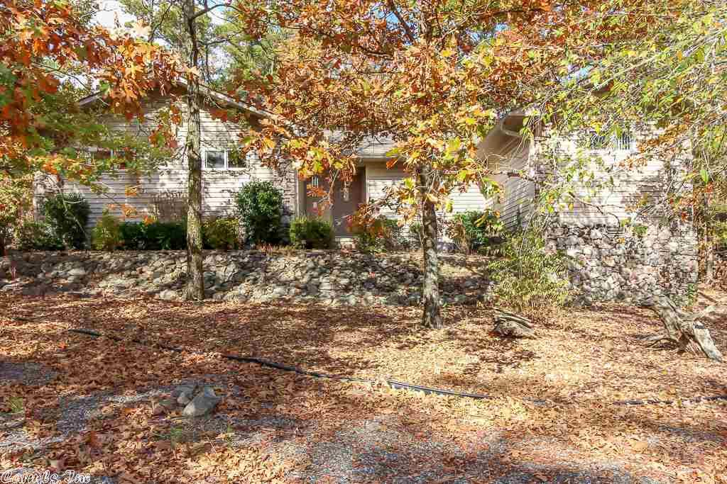 2 Paterna Ln, Hot Springs Village, AR