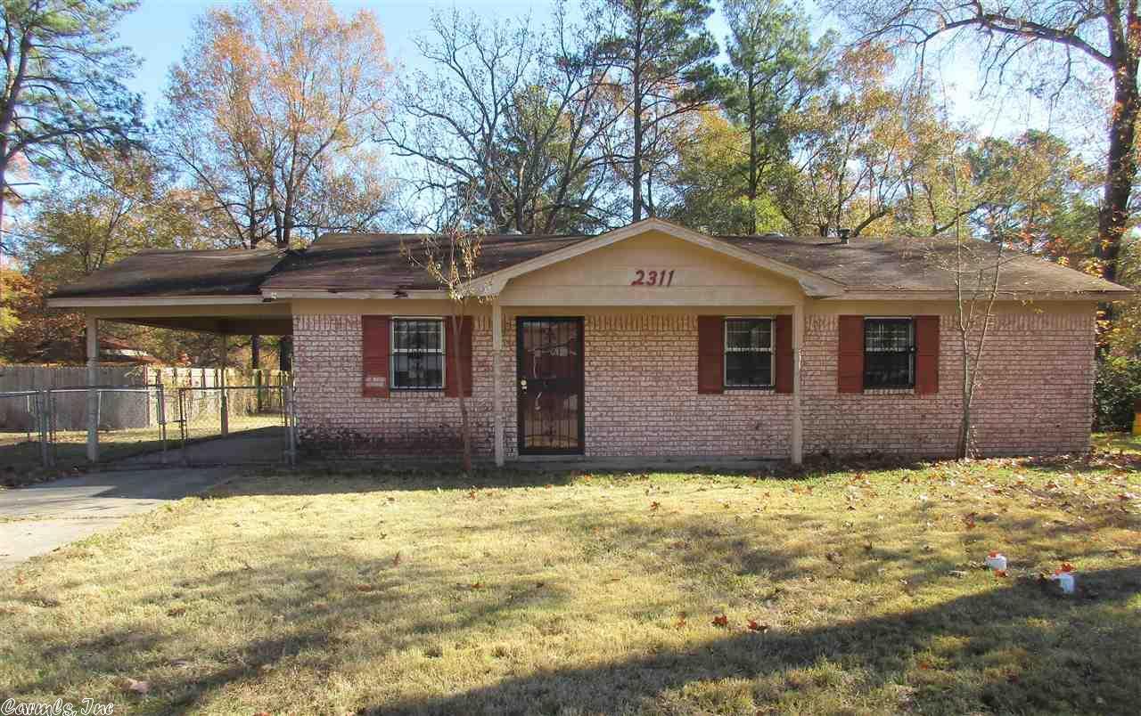 2311 Crestwood St, Pine Bluff, AR