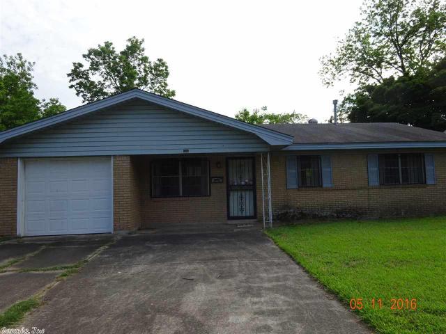 1500 Avondale Dr, Pine Bluff, AR