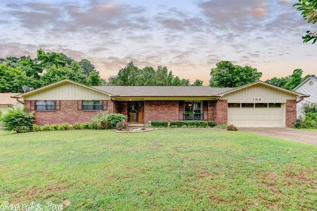 104 Comanche Ct Hot Springs, AR 71901