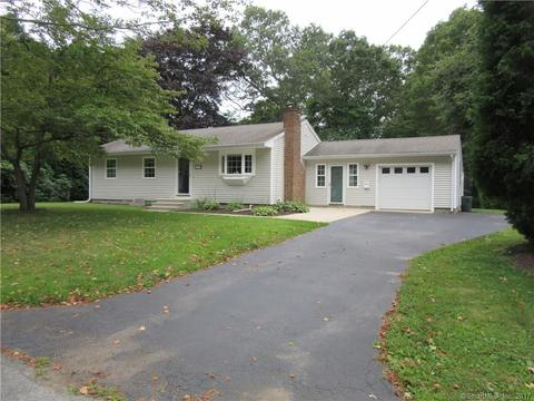 65 Eastwood Rd, Groton, CT 06340