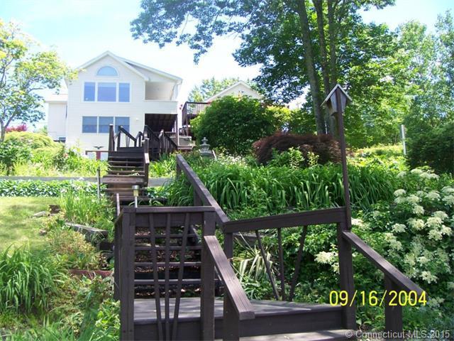 81 Loyola Rd, Woodstock CT 06281
