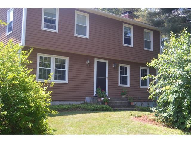 30 Sunrise Dr, Woodstock CT 06281