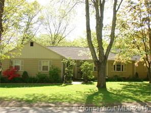 196 Old Hall Rd, Woodstock CT 06281