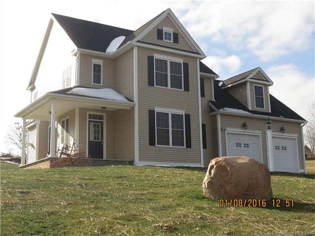 3 Breezy Knoll Dr, Bloomfield, CT