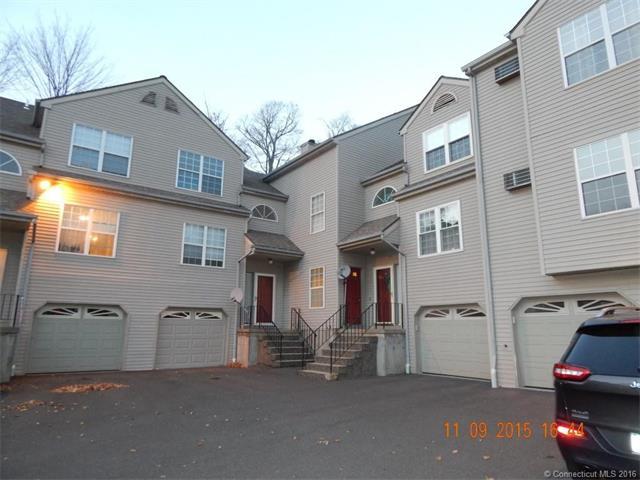 782 Oronoke Rd #APT 32, Waterbury, CT