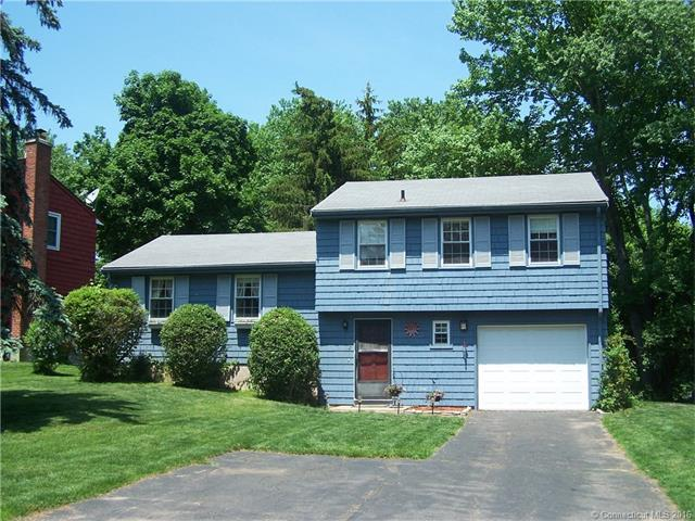 2 Blue Spruce St Middletown, CT 06457