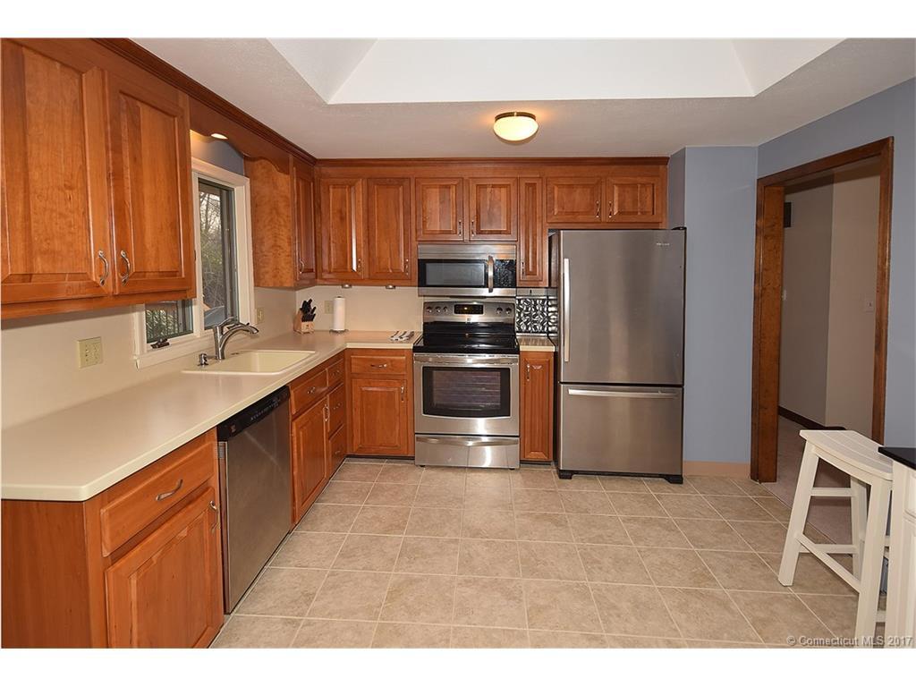 Kitchen Cabinets Vernon Ct -