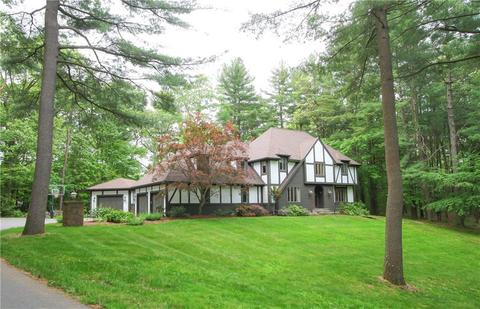 48 Falcon Ln, Glastonbury, CT 06033