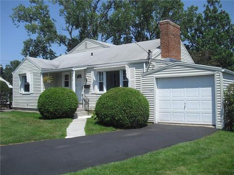 212 Orchard St, Rocky Hill, CT 06067