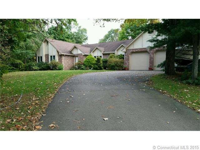 6 Molly Oneill Rd, Wallingford, CT