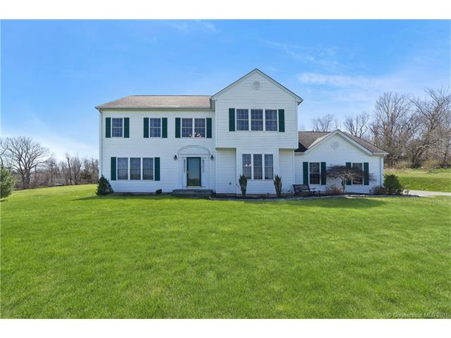 16 Doherty Dr, Wallingford, CT