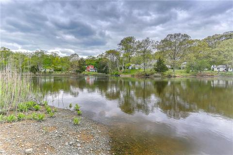 98 Meadow Point Rd, Westbrook, CT 06498