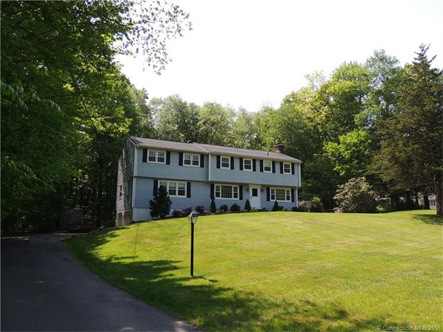3 Carriage Dr Bethel, CT 06801