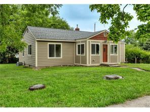 Loans near  E st St, Des Moines IA