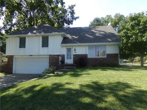 5100 Aspen Dr, West Des Moines, IA For Sale MLS# 548278   Movoto