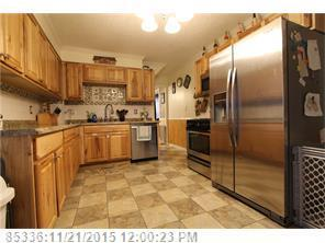 8 Sylvan Ave, Lewiston ME 04240