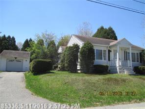 137 Highland Ave, Lewiston ME 04240