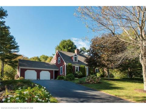 43 Whispering Pines DrSouth Portland, ME 04106