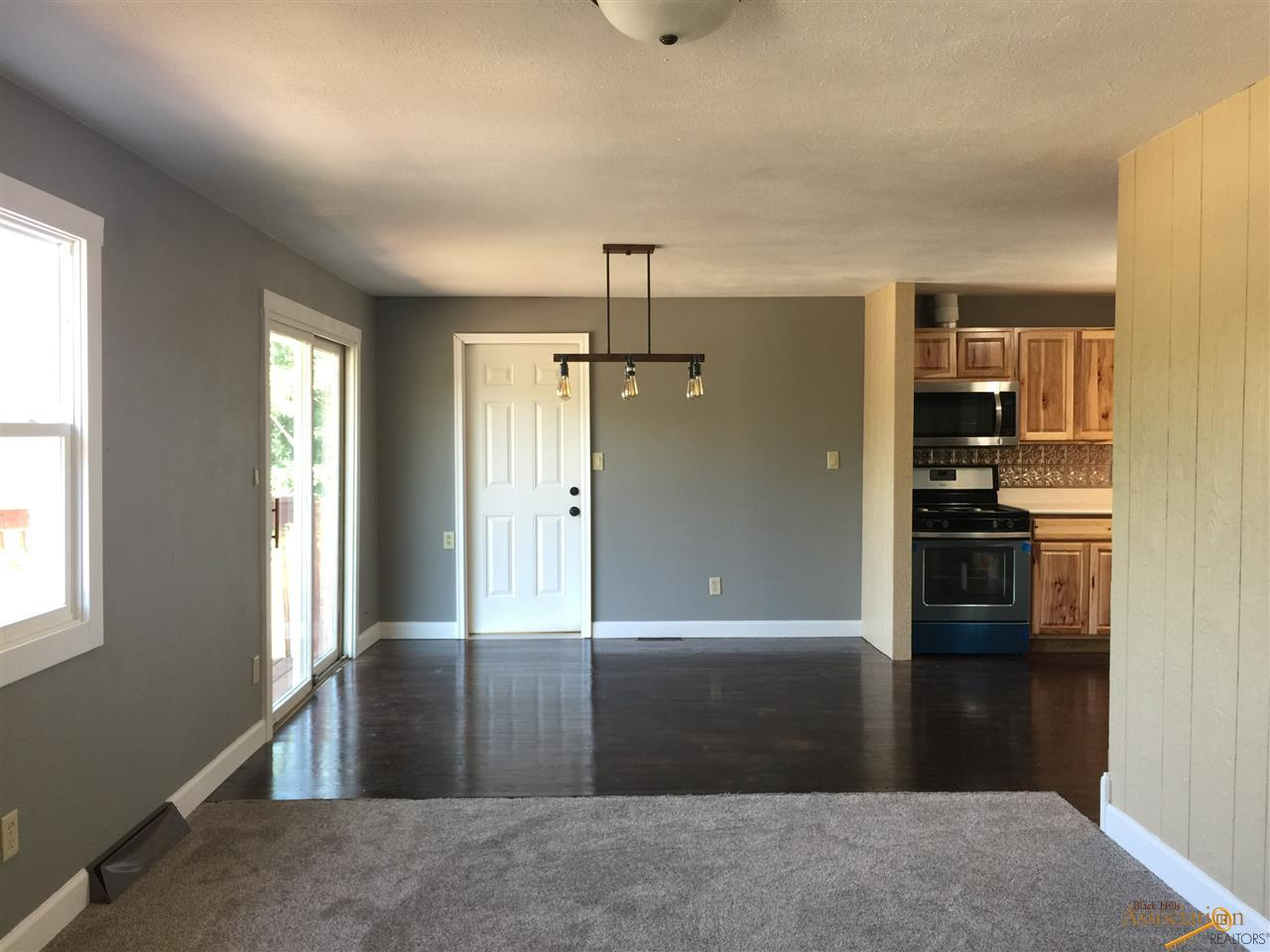 3323 Parkview Dr Rapid City SD For Sale MLS 136160