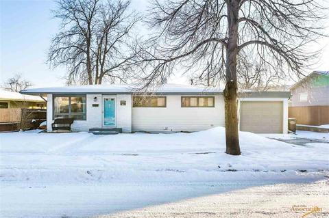 Rapid City, SD 3+ Bedroom Houses for Sale - Movoto