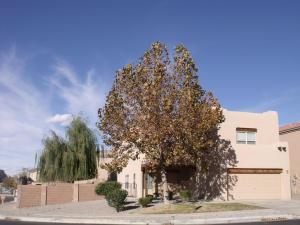 6601 Glenlochy Way, Albuquerque NM 87113