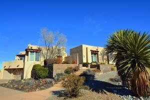 9631 Desert Mountain Rd, Albuquerque NM 87122