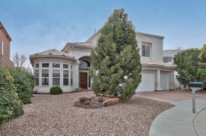 8908 Robs Pl, Albuquerque NM 87122