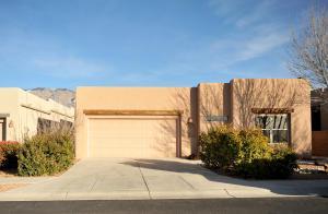 9316 Golden Glow Ln, Albuquerque NM 87113