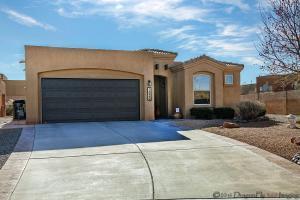 1020 Via Chamisa, Albuquerque NM 87113