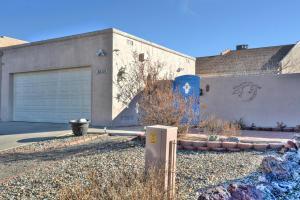 6030 Katson Ave, Albuquerque NM 87109