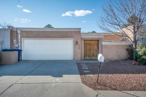 4523 Durango Ct, Albuquerque NM 87109