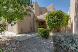 Loans near  Calle Montosa Ct NW, Albuquerque NM