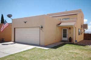 7905 Golden Eagle Dr, Albuquerque NM 87109