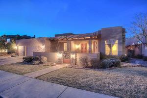 8105 Via Encantada, Albuquerque NM 87122