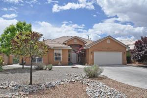 7104 Calle Montana, Albuquerque NM 87113
