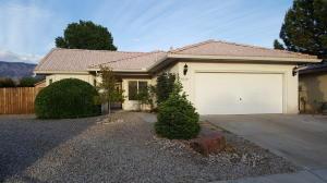 8520 Rancho Del Rio Dr, Albuquerque NM 87113