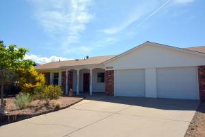 8616 Liberty Dr, Albuquerque NM 87109
