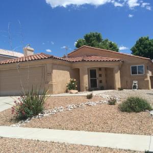 8420 San Tesoro St, Albuquerque NM 87113